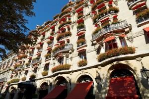 facade-plaza-athenee[1]