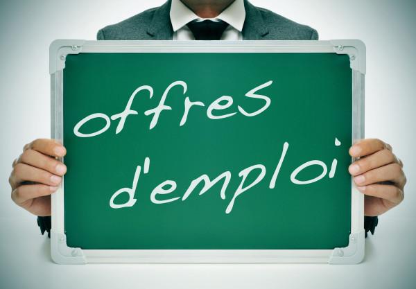 4-Offres-demploi-2-600x417