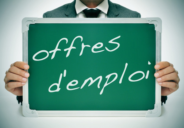 4-Offres-demploi-2-1-600x417
